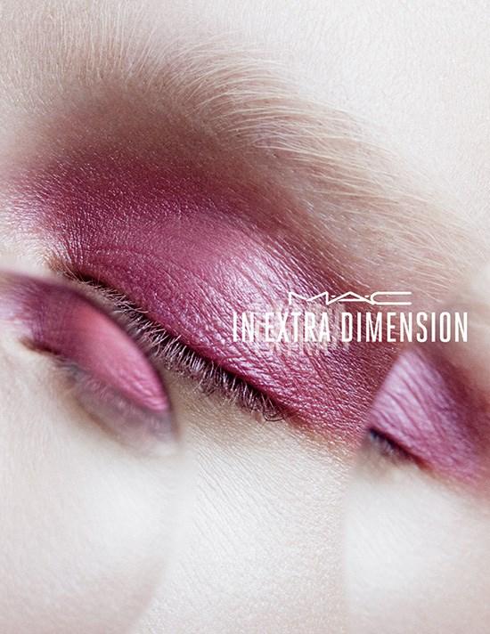 MAC-Extra-Dimension-Eyeshadow-2015-Summer