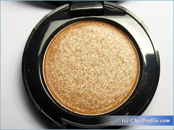 Mustaev-Dazzle-Eyeshadow-Review-5