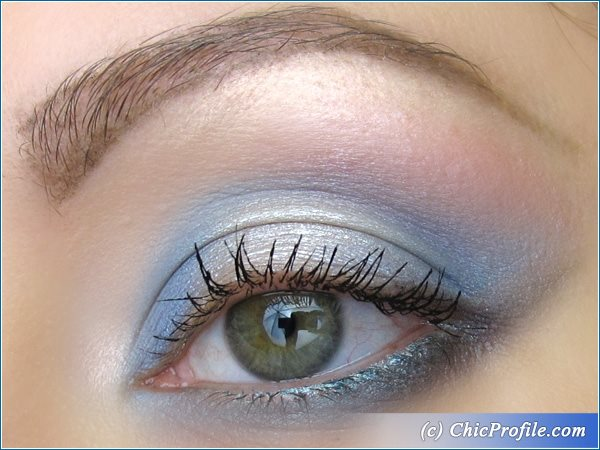 Air-Blue-Makeup