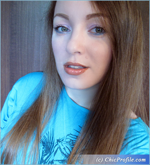Icy-Blue-Summer-Makeup-5