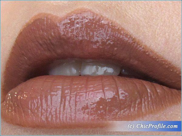 Illamasqua-Buff-Lipstick-Swatch-1