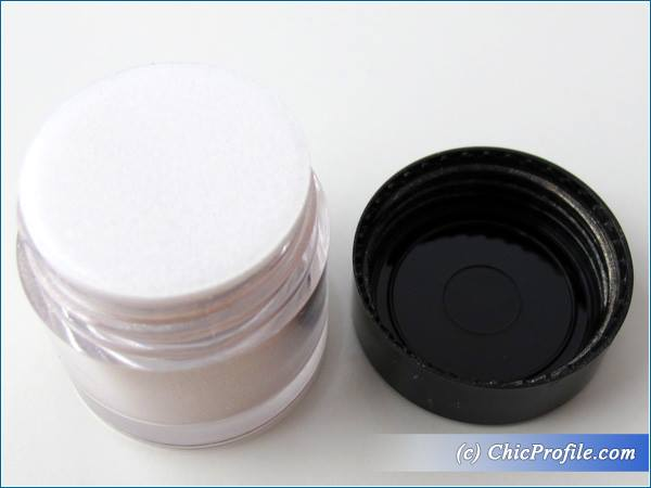 Mustaev-Champagne-Color-Powder-Moonlight-Review-5