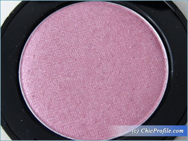 Mustaev-Lovable-Eyeshadow-Review-6
