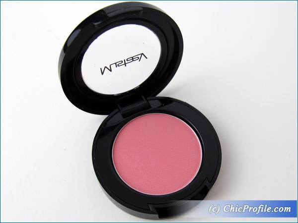 Mustaev-Pink-Bikini-Eyesahdow-Review-4