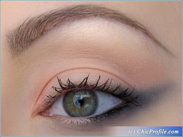 Coral-Black-Summer-Makeup-1