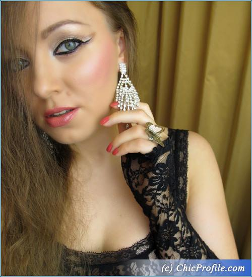 Dramatic-Liner-Nude-Makeup-5