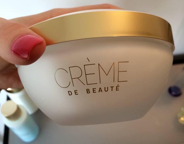 Guerlain-de-Beauty-Skincare-2015-Fall-5