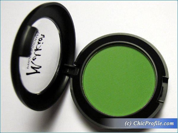 Melkior-Tropical-Green-Eyeshadow-Review-2