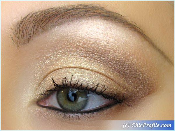 Satin-Gold-Brown-Makeup
