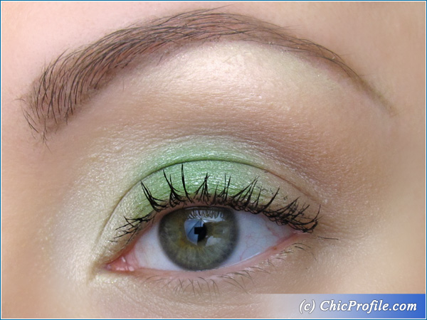 Tropical-Green-Makeup-3