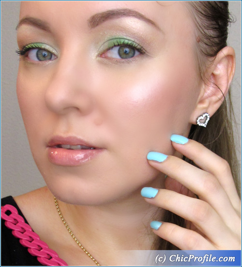 Tropical-Green-Makeup