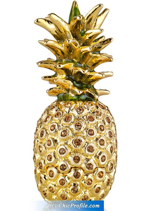 Estee-Lauder-Holiday-2015-Pineapple-Compact