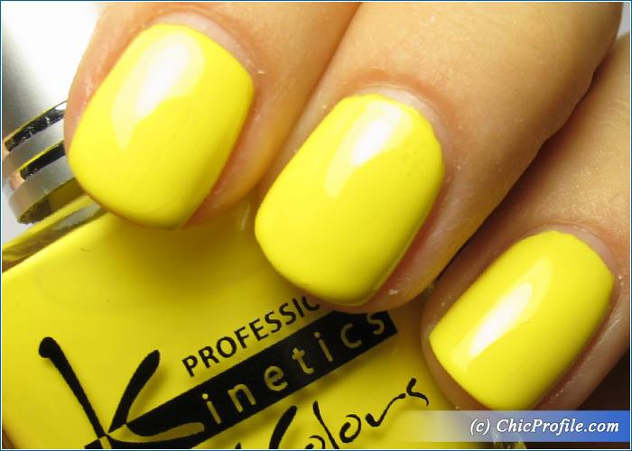 Kinetics-Narcissus-Nail-Polish-Review-5