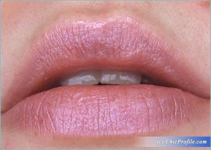 Rouge-Bunny-Rouge-Nothing-Unknown-Colour-Burst-Lipstick-Review-4
