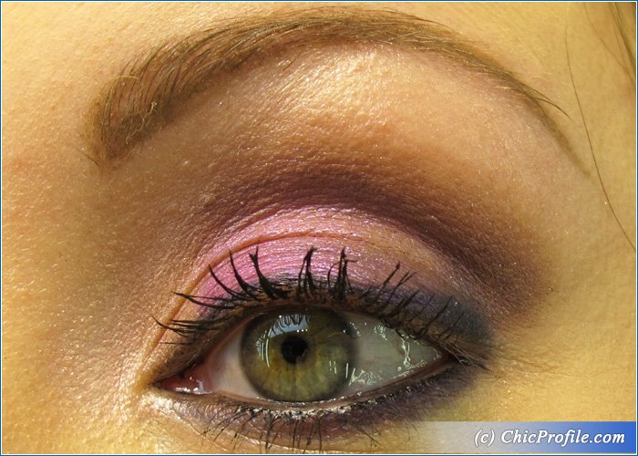 MAC-Electric-Cool-Makeup-3