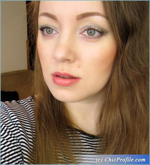 Deborah-Milano-Gradient-Gray-Makeup-2