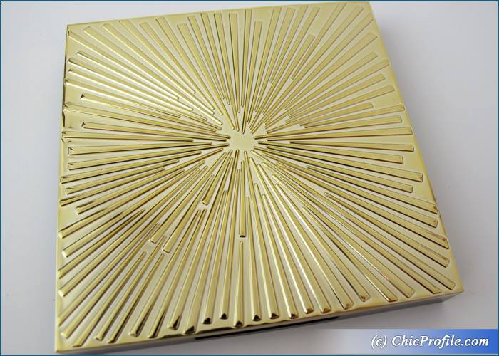 Estee-Lauder-Holiday-2015-Deluxe-Eye-Palette-Review-1