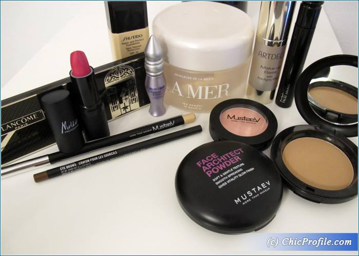 French-Noel-Makeup-Products