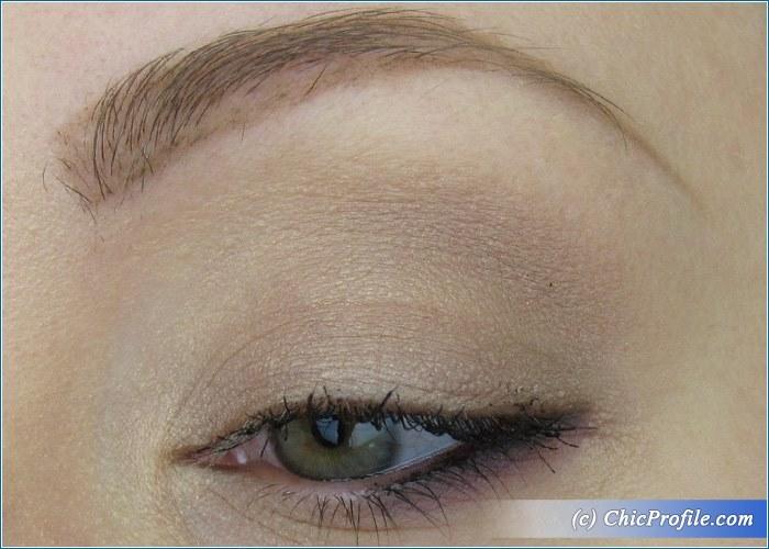 MAC-Violet-Lips-Nude-Makeup-2