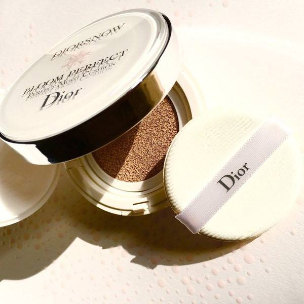 Dior-Diorsnow-Bloom-Perfect-Cushion-2016