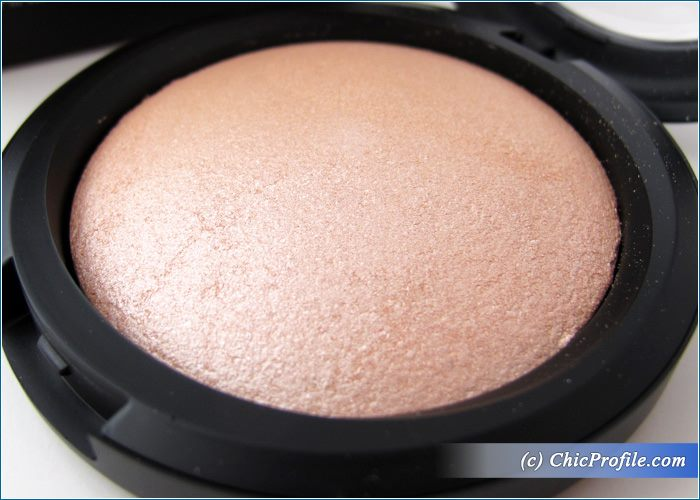 Melkior-Spring-Shine-Illuminating-Powder-Review-4