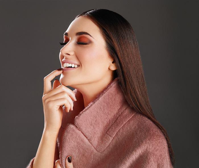 Deborah-Spring-2016-Makeup-Collection