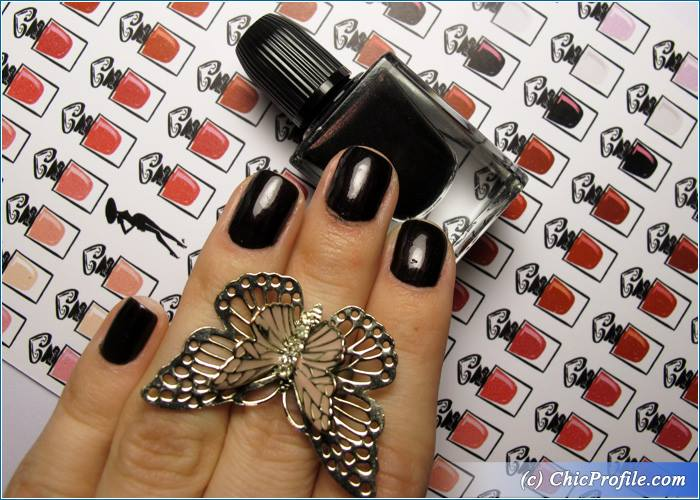 Guerlain-Black-Perfecto-Nail-Enamel-Review-2