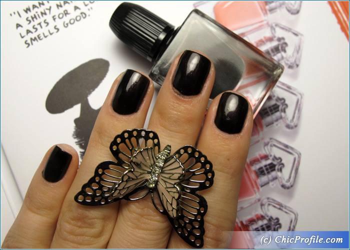 Guerlain-Black-Perfecto-Nail-Enamel-Review-3