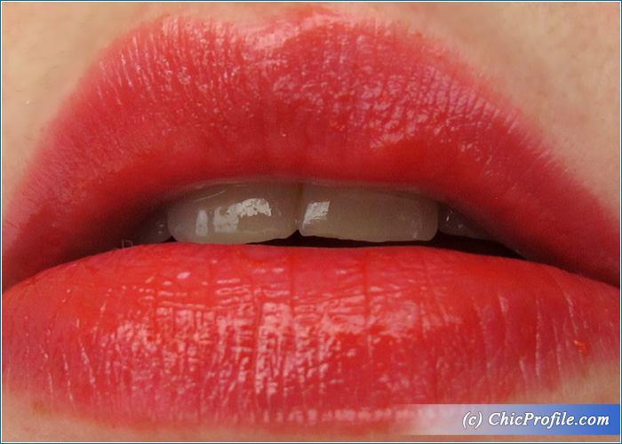 Guerlain-La-Petite-Robe-Noire-Red-Heels-Lipstick-Swatches-1