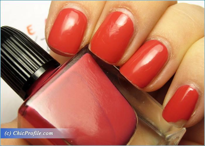 Guerlain-Pink-Tie-Nail-Polish-Review-6