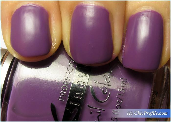 Kinetics-Lucy-in-the-Sky-Nail-Polish-Review-5