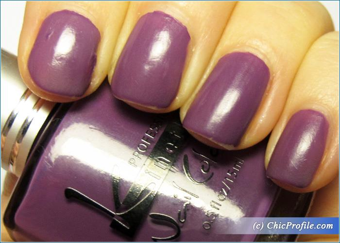 Kinetics-Lucy-in-the-Sky-Nail-Polish-Review-7