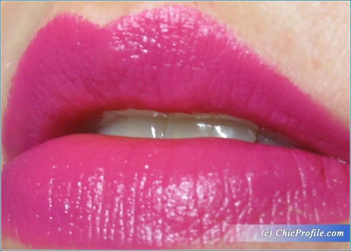 Melkior-Wild-Berry-Lipstick-Review-9