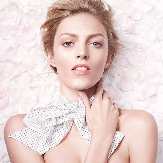 YSL-2016-Blanc-Pur-Couture-Anja-Rubik