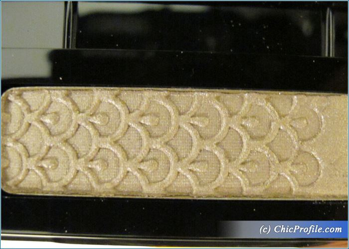 Guerlain-Taupe-Secret-Eyeshadow-Review-5