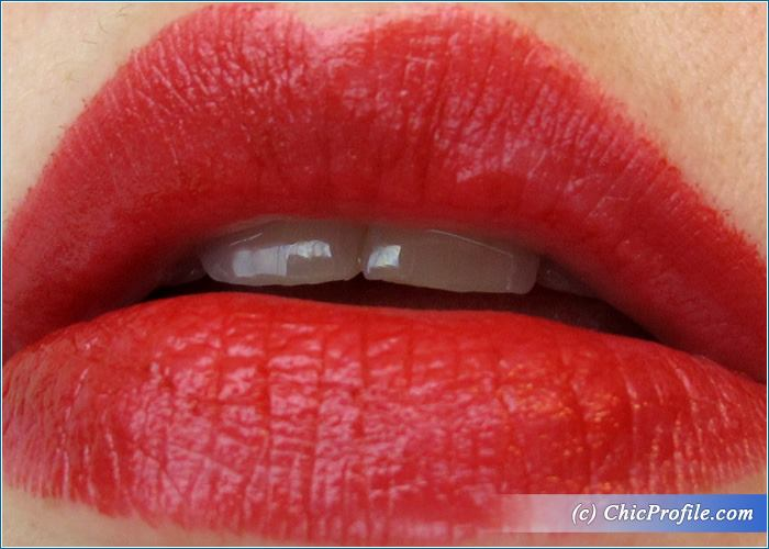 Max-Factor-Marilyn-Cabernet-Lipstick-Review-5
