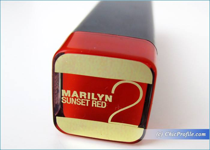 Max-Factor-Marilyn-Sunset-Red-Lipstick-Review-1