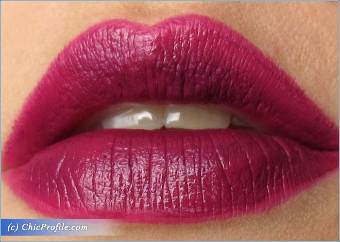 Dramatic-Lips-Makeup-2