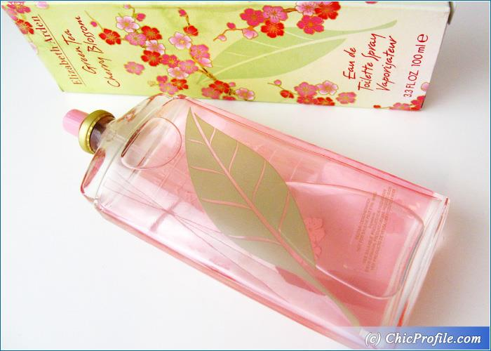 Elizabeth-Arden-Green-Tea-Cherry-Blossom-Review-1