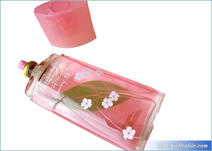 Elizabeth-Arden-Green-Tea-Cherry-Blossom-Review-3