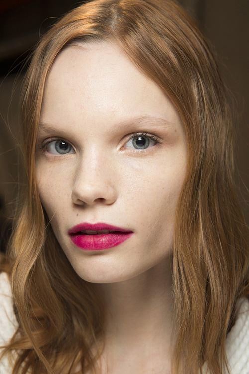 Gucci-Sensuous-Deep-Matte-Lipstick-2016-Visual