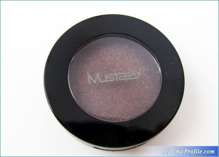 Mustaev-Peacock-Eyeshadow-Review-1