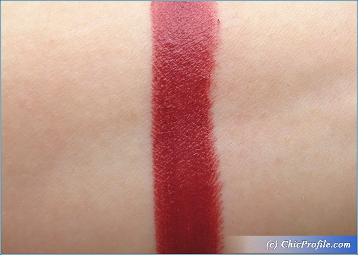 Catrice-Berry-Bradshaw-Luminous-Lips-Lipstick-Review-5