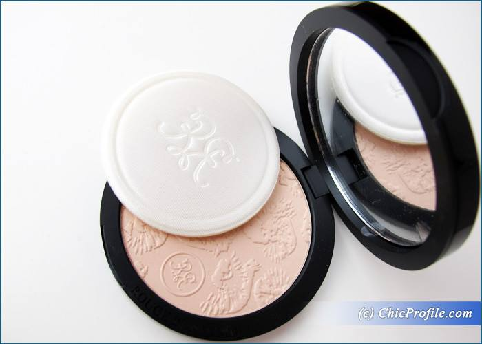 Rouge-Bunny-Rouge-Goddess-Highlighting-Powder-Review-3
