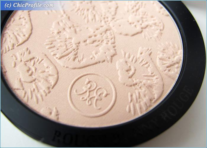 Rouge-Bunny-Rouge-Goddess-Highlighting-Powder-Review-8