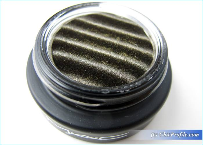 MAC-Spellbinder-Mysterious-Influence-Shadow-Review-3