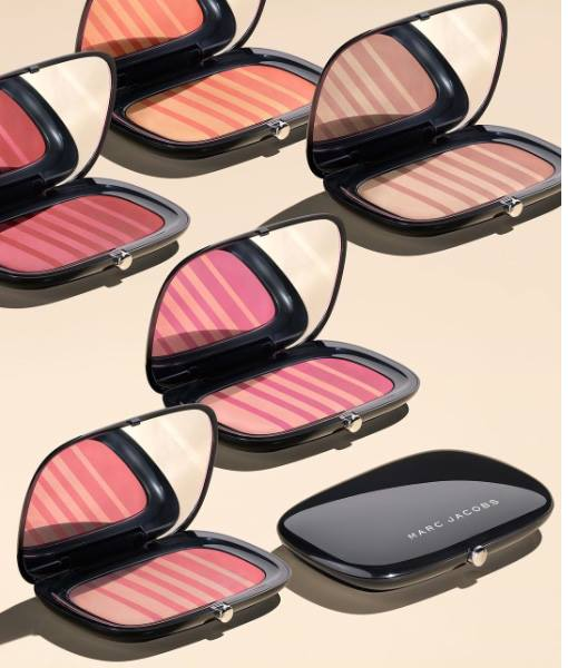 Marc-Jacobs-Air-Blush-Soft-Glow-Duo-1