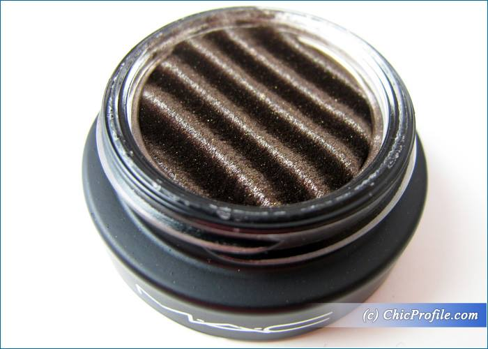 MAC-Spellbinder-Shadow-Dynamically-Charged-Review-4