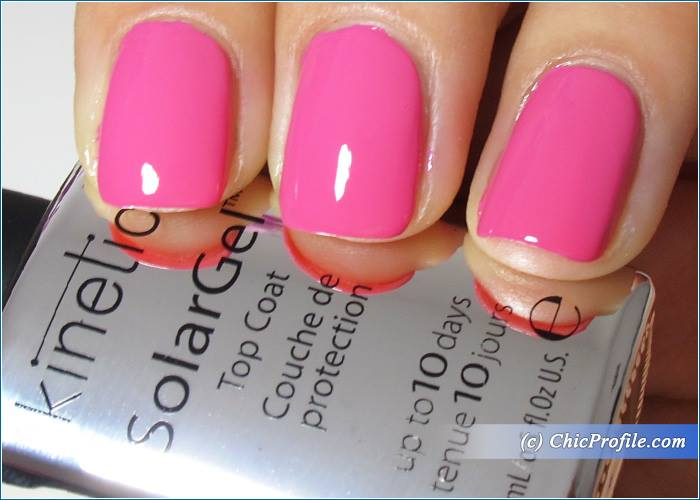 Kinetics-Parrot-In-The-Bar-Solar-Gel-Nail-Polish-Review-6