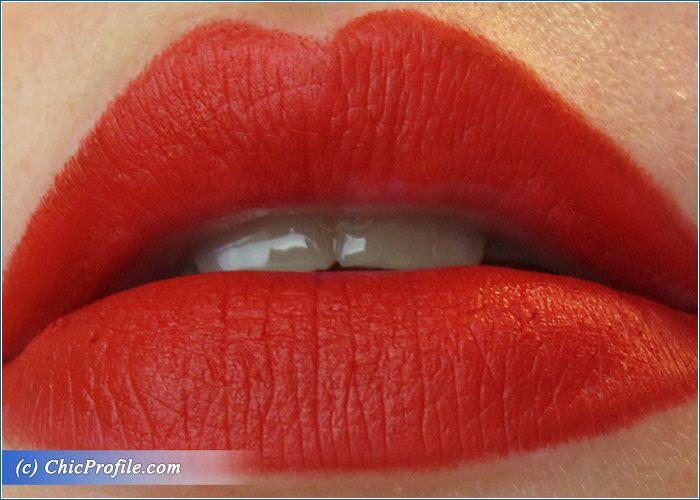urban-decay-714-mega-matte-vice-lipstick-swatch-1